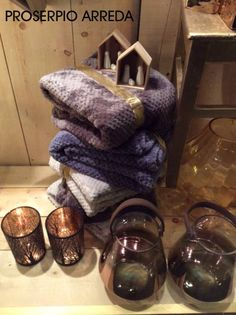 Per un caldo Natale.... regala un plaid...... soffice, morbido, caldo e pratico.....