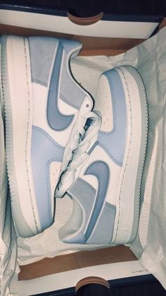 Nike Shoes Air Force, Nike Air Force 1 Outfit, Cute Sneakers, Sneakers Nike, Adidas Shoes, Air Jordan Sneakers, Adidas Outfit, Basket Mode, Aesthetic Shoes