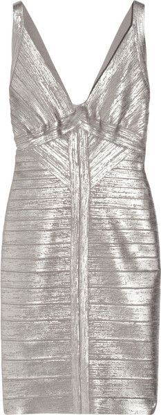 every girl needs a Hervé Léger bandage dress. Can't wait to wear mine :)))) Herve Leger, Love Fashion, Fashion Outfits, Fashion Trends, Fashion Idol, Fashion Spring, Silver Metallic Dress, Silver Lining, Alexander Mcqueen Clutch
