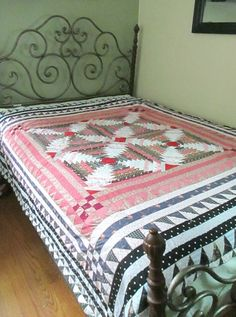 Vintage Handmade Bed Quilt Twin Full by looseendsvintage on Etsy