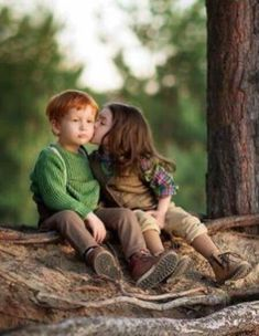 Its soo cute.I can see when we go out for hiking and spending time on the top of the hill.I love you ladoo❤😘❤😘 Cute Baby Couple, Cute Baby Girl Images, Cute Kids Pics, Cute Baby Pictures, Baby Photos, Baby Love, Cute Couples, Cute Babies Photography, Couple Photography Poses