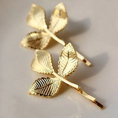 $2.70 RetroLeaf Pattern Hairpin For Women    (ONE PIECE)