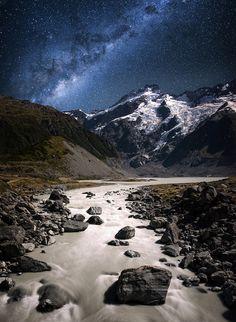 Hooker Valley-Aoraki, Mt Cook, South Island, New Zealand