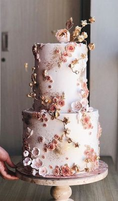 22 The most beautiful wedding cakes with floral - wedding cake ideas #weddingcake #wedding #cakeideas wedding cake with flowers
