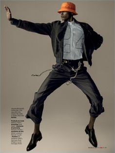 GQ Brasil charms with a dance-inspired editorial from its March 2017 issue. Models Ed Saldanha, Henrique Alves, and Lucas Gonzaga execute effortless dance moves for the lens of photographer, Zee Nunes. Meanwhile, stylist Thiago Ferraz Fashion Poses, Dance Fashion, Sport Fashion, Female Fashion, Fashion Fashion, High Fashion, Womens Fashion, Gq Mens Style, Gq Style