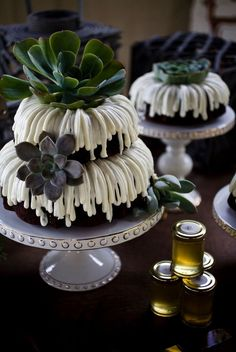 Bundt cakes, stacked