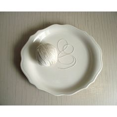 White Serving Plate White Oval Platter Vintage Syracuse Restaurant... ($24) ❤ liked on Polyvore featuring home, kitchen & dining, serveware, white platter, white serving plates, oval platter, white serveware and oval serving plate