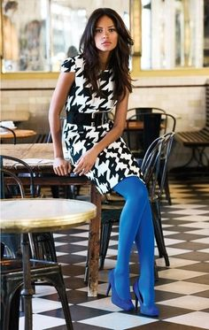 Pied de Coq with Azure stocking and shoes