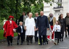 MYROYALS  FASHİON: Norwegian Royal Family Celebrates Crown Princess Mette Marit's 40th Birthday