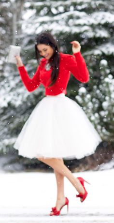 Peep toes and bare legs in the snow are ridiculous but otherwise very cute