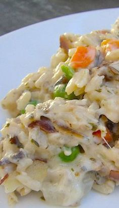 Wild Rice and Chicken Casserole will make you fall in love with casseroles all over again! It's easy, fast, comforting, and the whole family is sure to love it! (Whole Chicken Casserole) Chicken Wild Rice Casserole, Chicken And Wild Rice, Casserole Dishes, Creamy Chicken, Lemon Chicken, Hamburger Casserole, Cooking Recipes, Healthy Recipes, Wild Rice Recipes