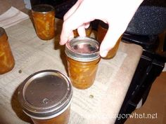 How to Make and Can Old Fashioned Marmalade - Self Reliant School Canning Jars, Canning Recipes, Marmalade Jam, Orange Jam, Mandolin Slicer, Canning Tomatoes, Alton Brown, Preserving Food, How To Make Bread