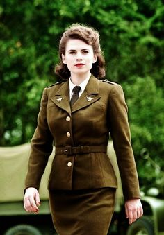 The Nerd Cave: Peggy Carter Cosplay, post 1