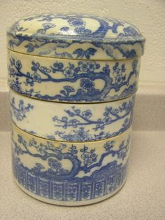 ANTIQUE CHINESE EXPORT PORCELAIN STACKING RICE BOWLS c 1890 BLUE AND WHITE