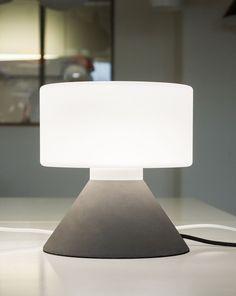 Concrete Table Lamp / Innolux / Design Samuli Naamanka