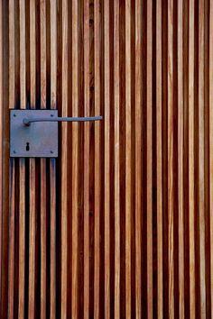 Peter Zumthor - Door handle detail at the St. Bendict Chapel, Sumvitg 1989. Via.