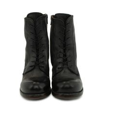MOMA shoes (1.145 BRL) ❤ liked on Polyvore featuring shoes, boots, ankle booties, nero, short boots, laced up booties, lace up ankle boots, laced up boots and bootie boots