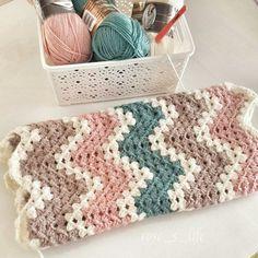 Battaniye örmeye devam Web Instagram User » Collecto