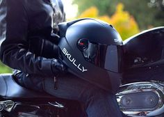 Skully P1 Motorcycle Helmet Has Built-In HUD, Camera Provides Rear View, GPS And More