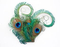 Zany - Unusual peacock hair accessory  / Feather fascinator / Peacock feather hair clip
