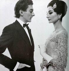 8. Vintage Style Icon Parisian fashoin designer and socialite Jacqueline de Ribes. #modcloth #wedding