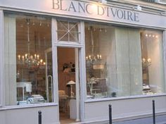 One of my favorite shops in Paris, wonderful decor and linen/quilts