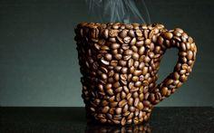 """La genetica gioca un ruolo anche al bar, modificando le reazioni individuali alla più amata delle bevande: il caffè. Un nuovo studio ha evidenziato sei geni nel Dna umano che spiegano i più classici """"sintomi"""" da caffeina."""