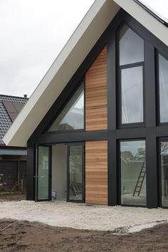 Flat Roof House, Facade House, Modern Barn House, Modern House Design, House Extension Design, Bungalow Renovation, Cabin Design, House Extensions, New House Plans