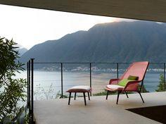 Un nido para relajarse confortablemente en la terraza, jardín o interior. #SlowChair de #Vitra, por los hermanos #Bouroullec.