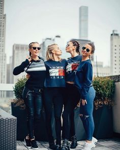 Girls night out @carodaur @bridgethelene @stefaniegiesinger @majamalnar #TommyHilfiger #TommyJeans #comingsoon #newcollection