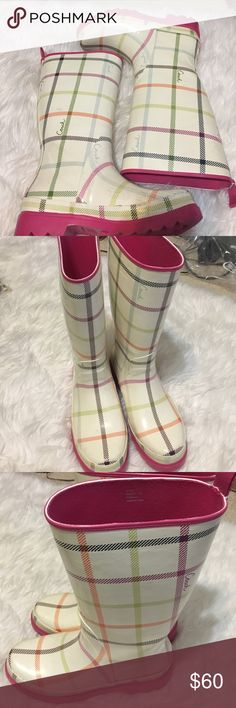 Coach Rain Boots‼️Free only today match Wristlet Adorable Coach Rain Boots in very good condition.   Multi-colored for versatility     Pink inside and pink on the bottom.  Pair up with some cool socks and here you go.   Bundle and save. Coach Shoes Winter & Rain Boots