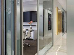 Panning Capital Management  Designer: Nelson    #panningcapitalmanagement #office #nelson #tagwall #slimline #interiordesign #officedesign #walldesign #workspaces Workspaces, Wall Design, Management, Walls, Interior Design, Home Decor, Nest Design, Decoration Home, Home Interior Design