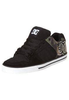 CHASE - Chaussures de skate - black camo print 9518593897e13