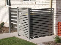 Privacy Screen Installation for the Sunshine Coast - Suncoast Fencing. To hide garbage cans? Pool Equipment Enclosure, Pool Equipment Cover, Hide Trash Cans, Trash Bins, Aluminum Carport, Aluminium Fencing, Hidden Pool, Bin Store, Screen Enclosures