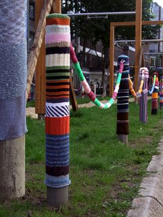 urban knitting in Dortmund City, North Rhine from orlando *s photostream via Flickr.com