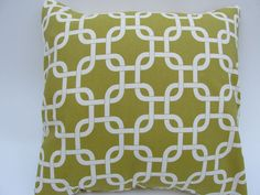 """Citron Chain Pillow covers 18x18"""" by Pillomatic"""