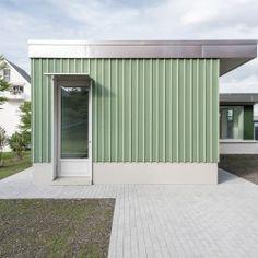 Käpfnach Kindergarten extension and refurbishment Architecture Details, Interior Architecture, Kindergarten Architecture, Wood Facade, Container Shop, Concrete Bricks, Cladding, My Dream Home, Entrance