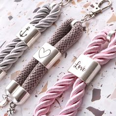 Make jewelry with DQ metal? Dog Accesories, Jewelry Accessories, Jewelry Design, Wholesale Beads, Wholesale Jewelry, Metal Jewelry, Jewelry Findings, Neck Coolers, Gold Name Necklace