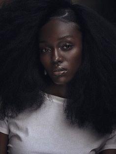 Beautiful Dark Skinned Women, Beautiful Black Women, Beautiful Gorgeous, Dark Skin Beauty, Natural Beauty, Brown Skin Girls, Ebony Beauty, African Beauty, Black Girls