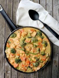 Easy Salad Recipes, Easy Salads, Keto Recipes, Skinnytaste, Keto Snacks, Quick Meals, Paella, Food And Drink, Yummy Food