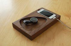 Met de strakke Timber Tray heb je voor altijd een opgeruimd bureau
