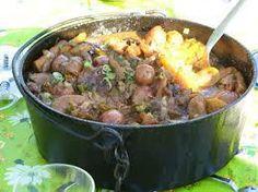 Rainbow Gospel Radio | Volstruispotjie Biltong, Grilled Steak Recipes, South African Recipes, Stew, Kos, Meat, Baking, Rainbow, Dutch Oven