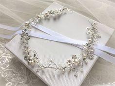 """Bijoux mariage - Diadème de mariée """"Nala"""" avec perles swarovski : Accessoires coiffure par les-bijoux-d-aki"""