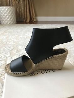 676f9f86037 women open toe sandals wedges black color in a very good condition size 10   fashion