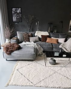 7 Modern and comfortable living rooms that will make your fall simply amazing - . , , 7 Modern and comfortable living rooms that will make your fall simply amazing - Daily Dream Decor. Living Room Decor Grey Couch, Boho Living Room, Cozy Living, Grey Living Rooms, Modern Living Room Decor, Comfortable Living Rooms, Most Comfortable Couch, Dream Decor, Living Room Inspiration