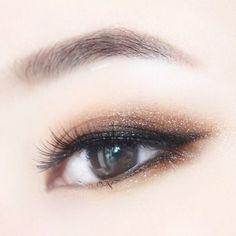 สีน้ำตาลทีช่วยให้สาวตาชั้นเดียวดูตามีมิติมากขึ้น
