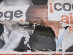 """Desenganxada de cartells"" 20-3-08 http://albaipau.blogspot.com.es/2008/03/desenganxada-de-cartells.html"