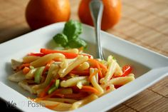 Pasta Tacchino Piccante mit Orangen-Chili-Sauce und Gemüse (pasta with orange sweet chili sauce and vegetables)