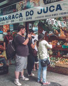 Somente na Barraca do Juca (a verdadeira barraca da novela A Próxima Vítima) você encontra as frutas mais fotogênicas... Precisa de 3 pessoas para tirar fotos de mamão banana e abacaxi  Out. 2011 Pentax Optio W60 Mercado Municipal de São Paulo -  Brasil  . . . . . . . . . . . . . . . . . #visualsoflife #fatalframes #createexploretakeover #exploremore #wanderlust #createexplore #neverstopexploring #wildernessculture #justgoshoot #liveauthentic #exploringtheglobe #visualsoflife #folkCreative… Instagram, Sheds, How To Take Photos, Vegetables, Novels