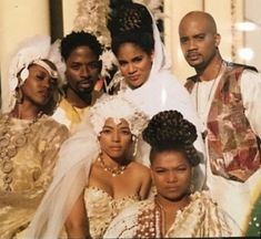 The cast of Living Single featured in Essence magazine My Black Is Beautiful, Black Love, Beautiful Couple, Black Art, Black Tv Shows, 90s Tv Shows, Living Single, Essence Magazine, Vintage Black Glamour